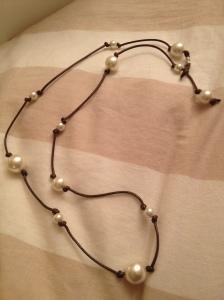 Collana lunga, marrone e perla. #N.14