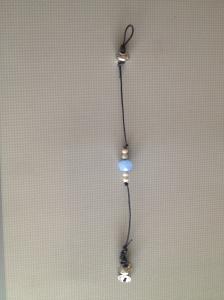 Bracelet with light blue glass